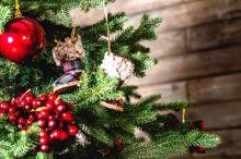 Los adornos que no pueden faltar en tu árbol de Navidad